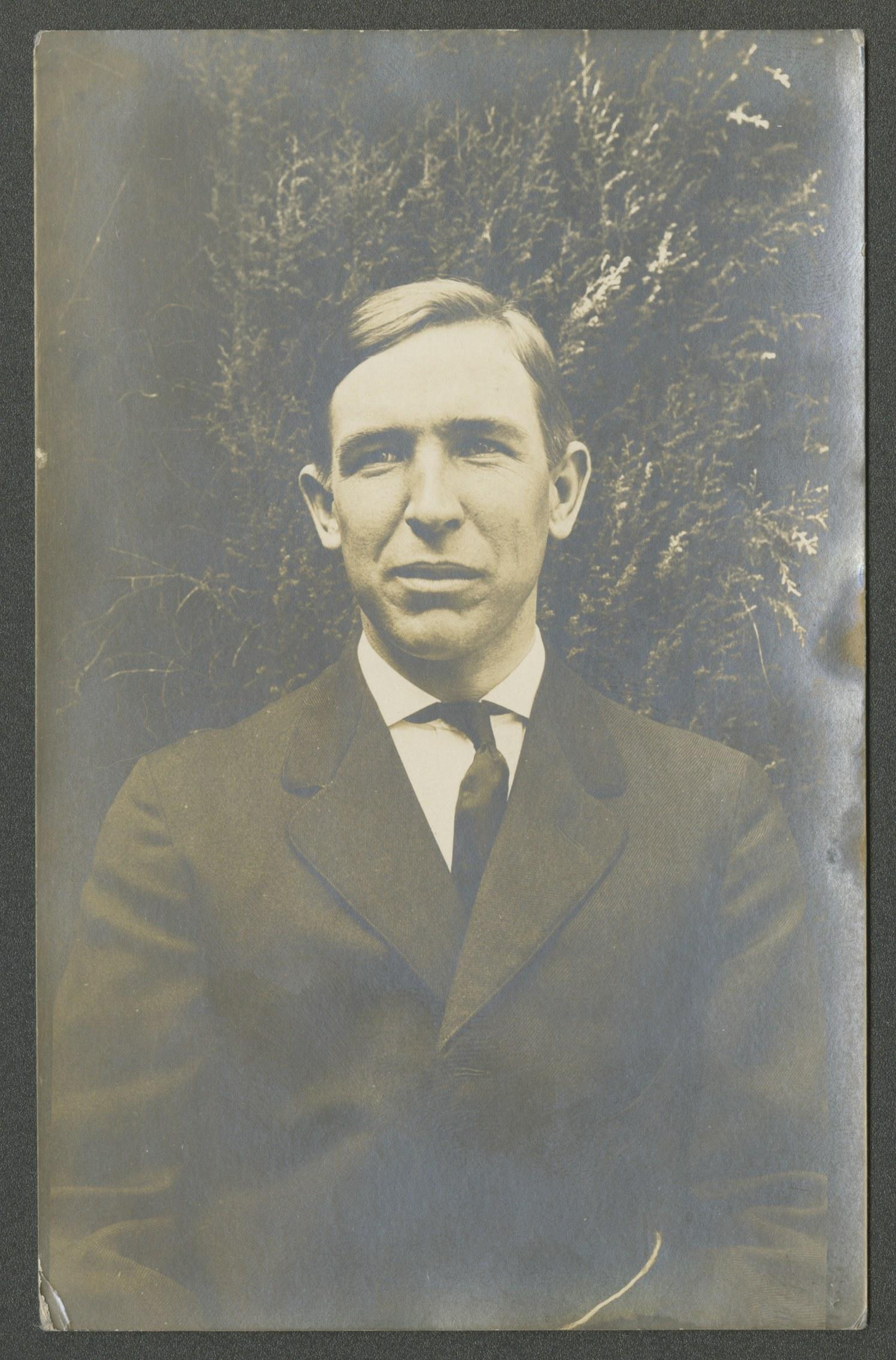 Larsen, Enoch Rolf