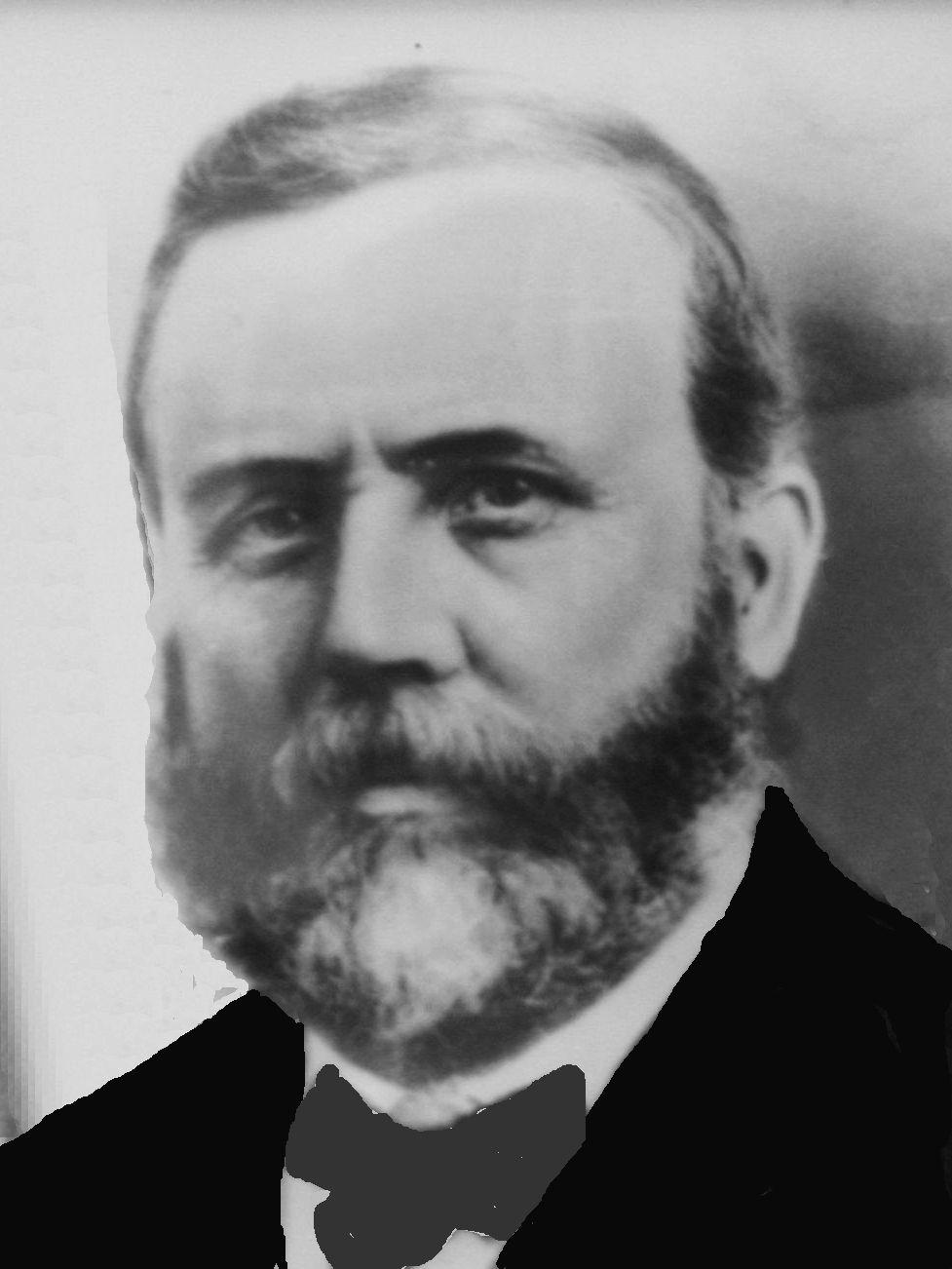 Llewellyn, Rees R