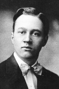 Le Cheminant, Wilford Davis