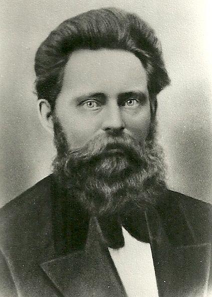 Petersen, Knud