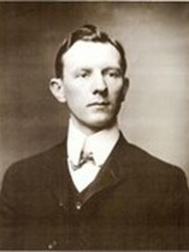 <p> ca. 1912</p>