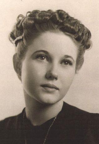 Loomis, Jacqueline Mae